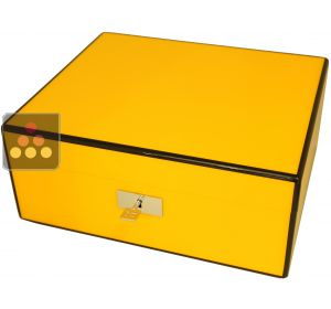 Cigar humidor with yellow finishing Ma Cave à Cigares